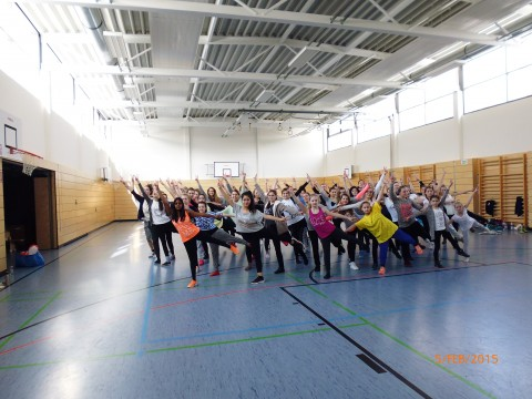 One Billion Rising das ist: