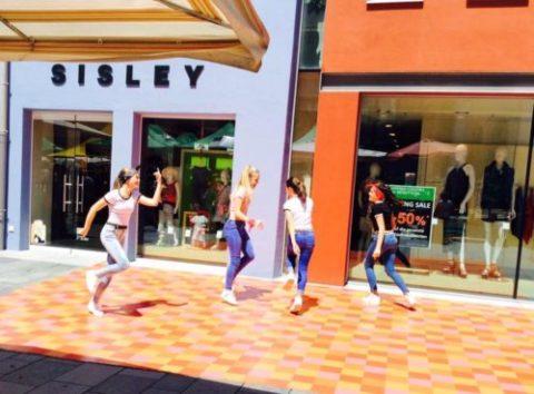 Dancing School Tosca begeistern bei Fest der Behindertenkontaktgruppe