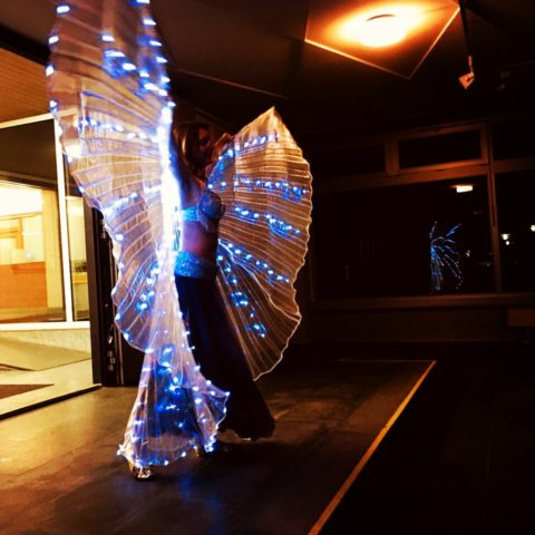 SPREAD YOUR WINGS AND FLY – Bauchtanz in der DST